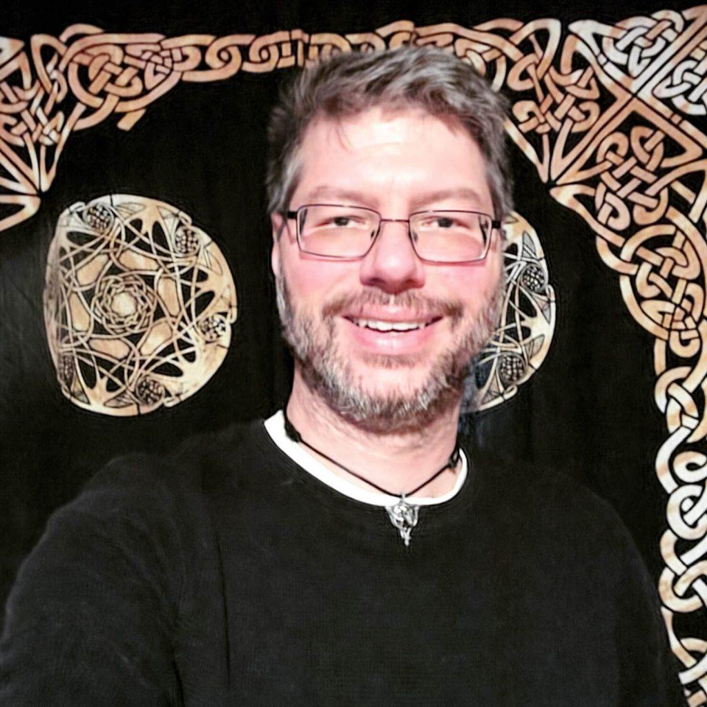 Vernon Bo McGuffee - Owner of Copy Niche Copywriting